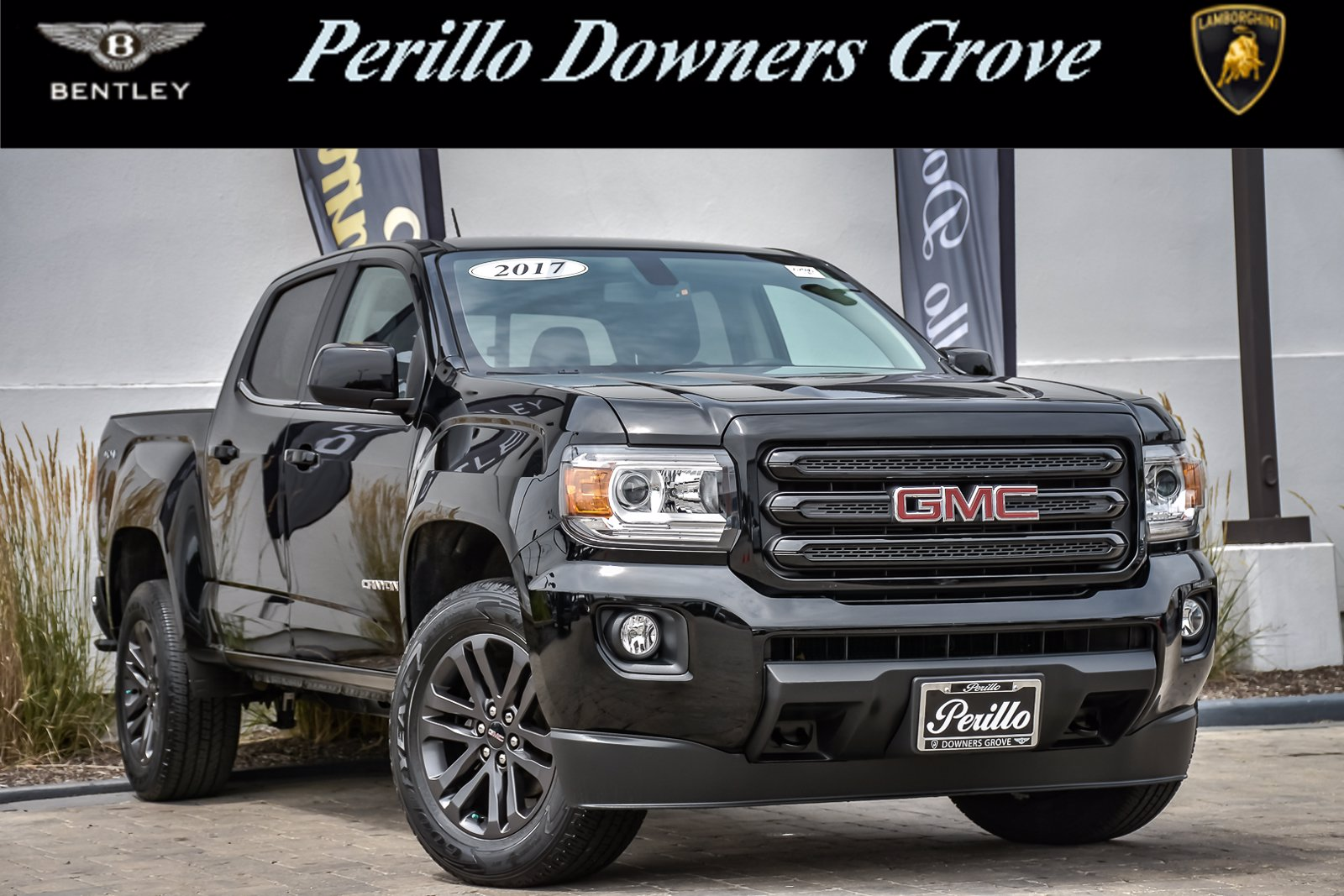 Pre-Owned 2017 GMC Canyon 4WD SLE Crew Cab Nightfall Edition