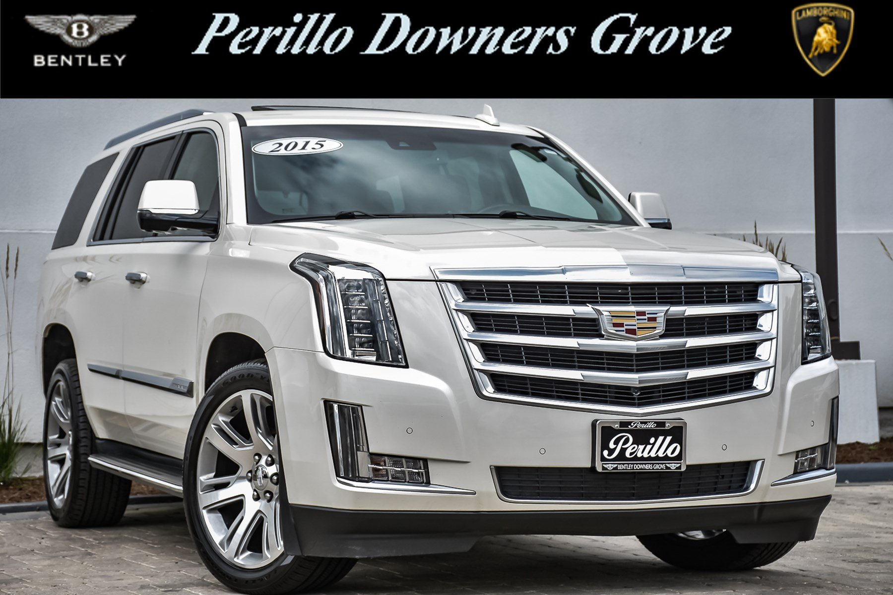 Pre-Owned 2015 Cadillac Escalade Luxury w/3rd Row &