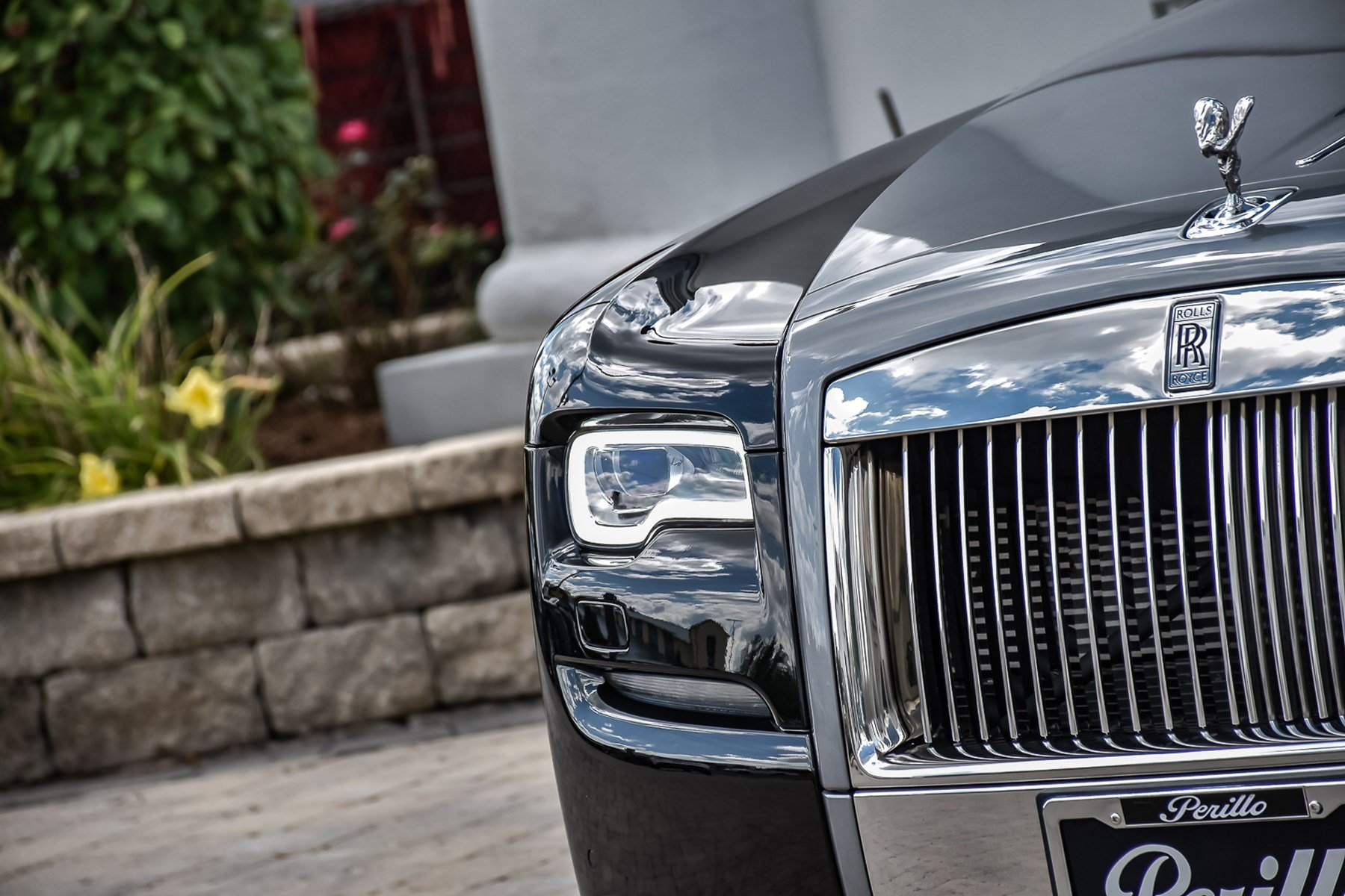 Pre-Owned 2016 Rolls-Royce Ghost w/Rear Theater &