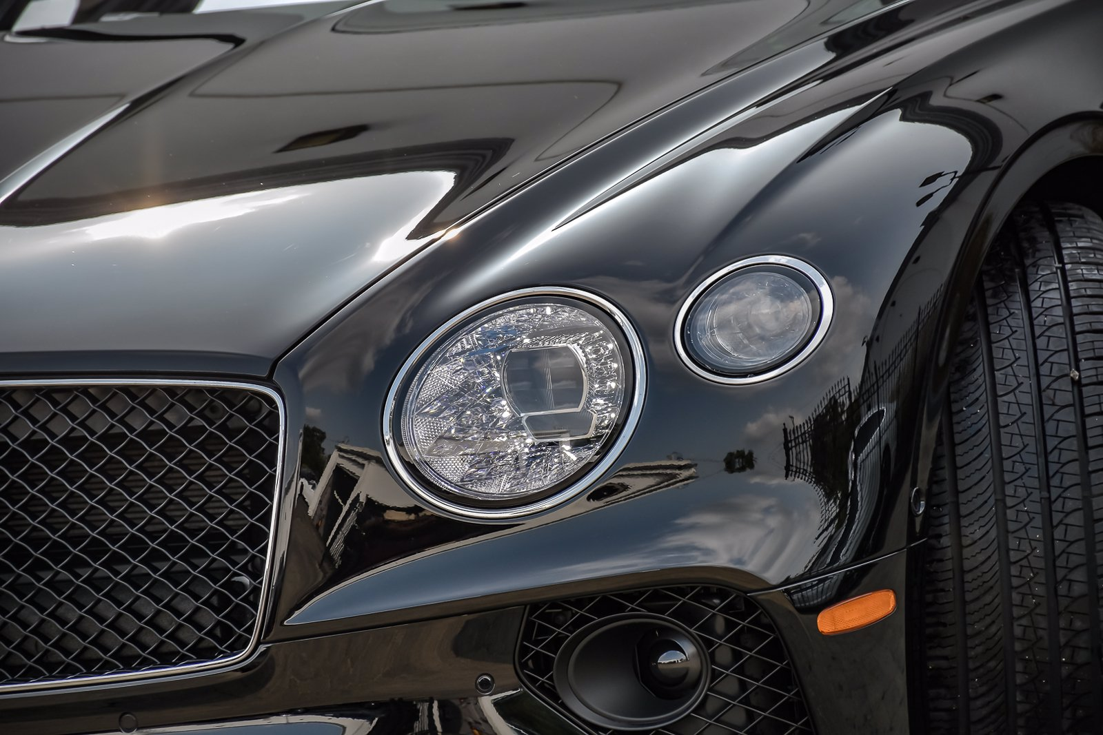 New 2020 Bentley Continental GTC Number 1