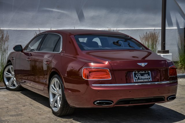 Pre-Owned 2016 Bentley Flying Spur W12 Mulliner