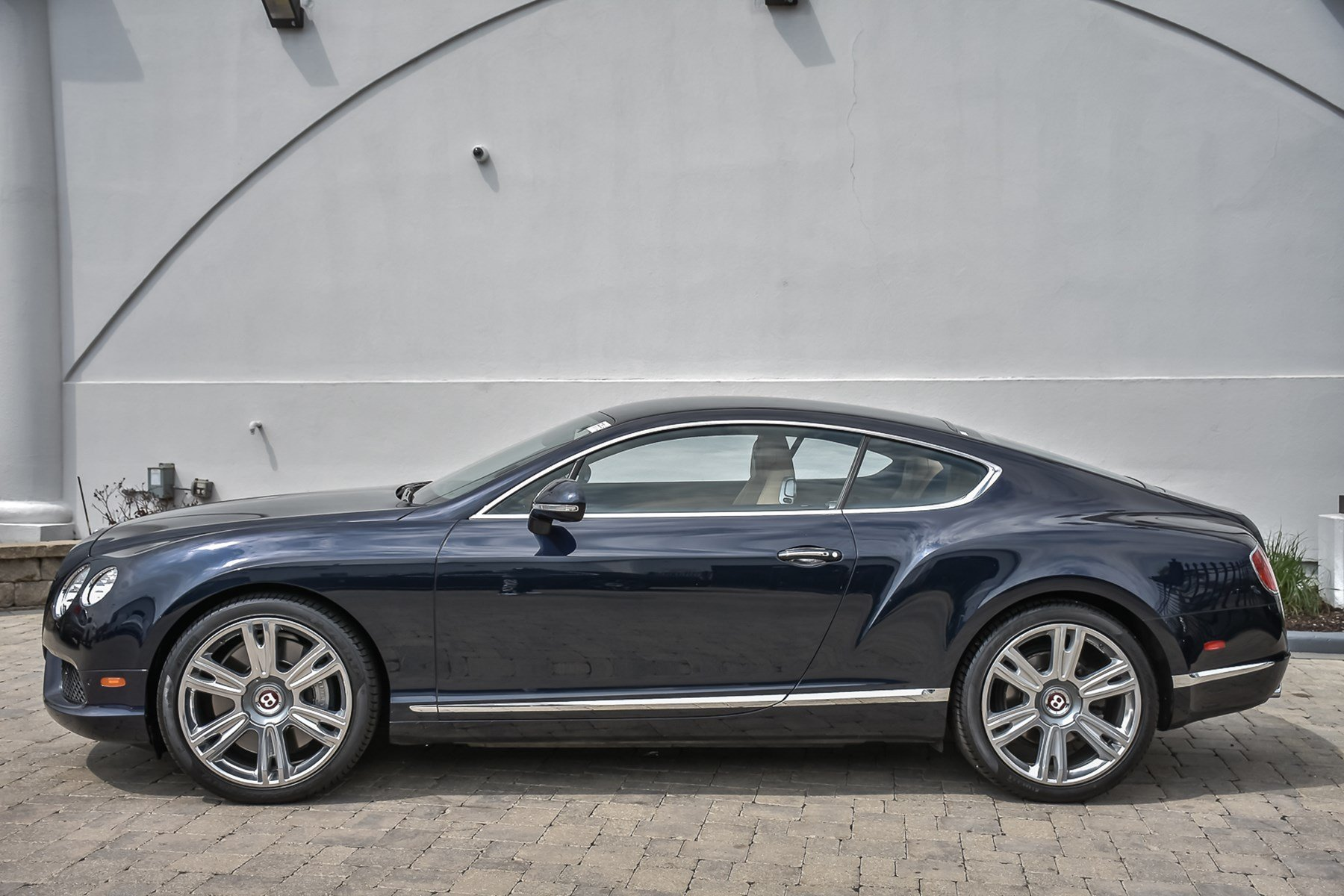Pre-Owned 2013 Bentley Continental GT V8 Mulliner With Navigation