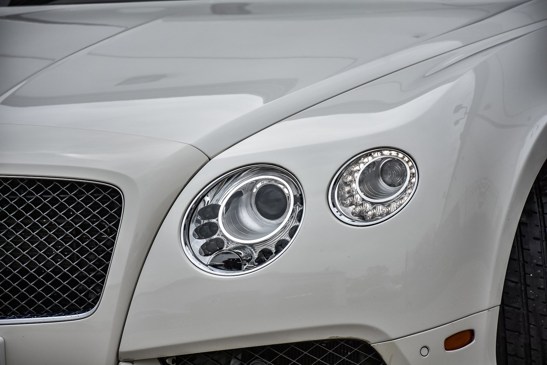 Pre-Owned 2013 Bentley Continental GT V8 With Navigation