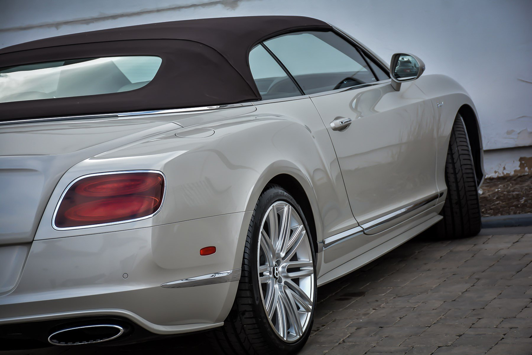 Pre-Owned 2015 Bentley Continental GTC Speed