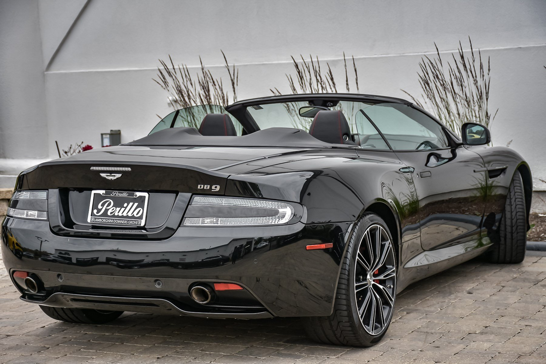 Pre-Owned 2015 Aston Martin DB9 Volante Carbon Edition With Navigation