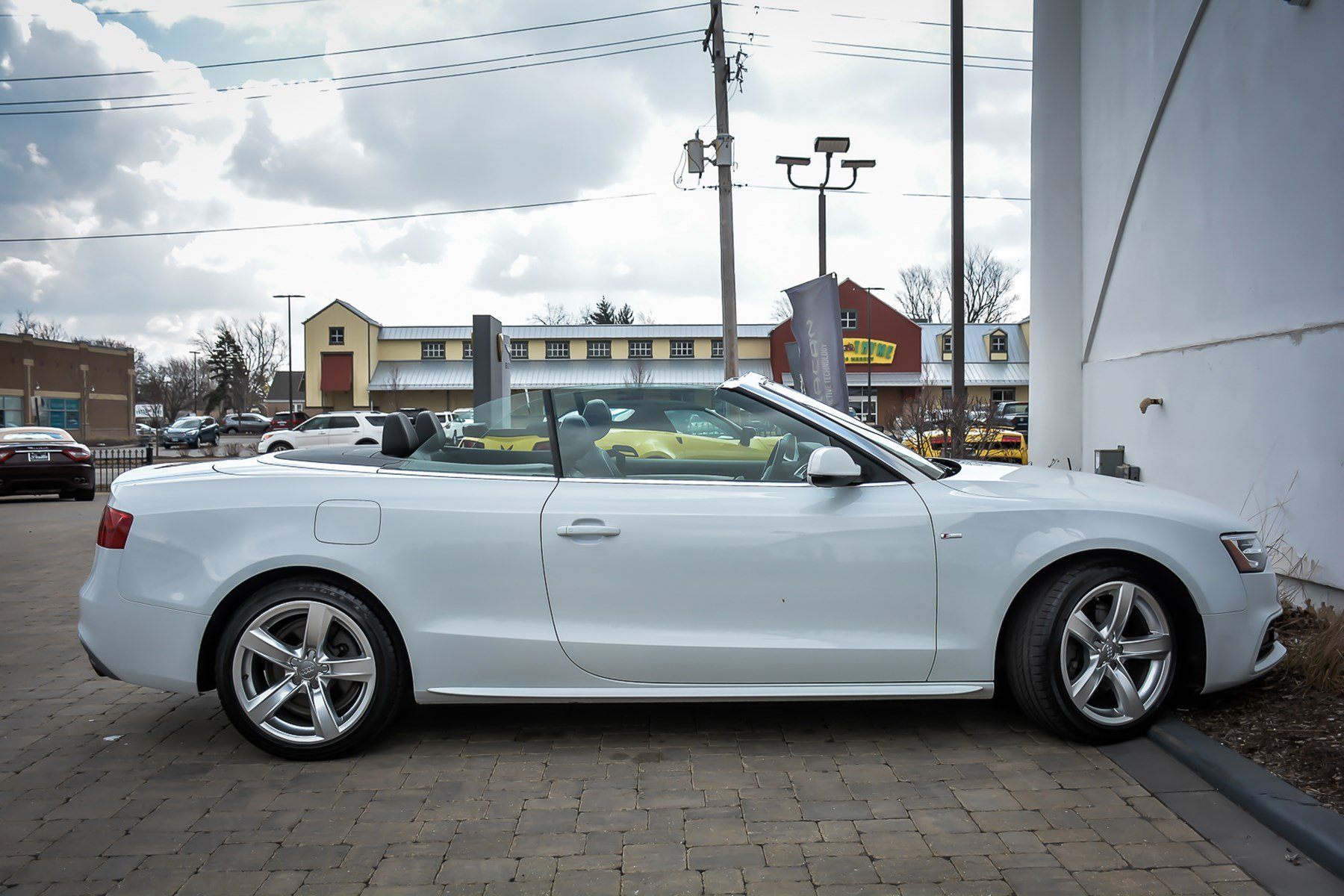 Pre-Owned 2016 Audi A5 Premium With Navigation