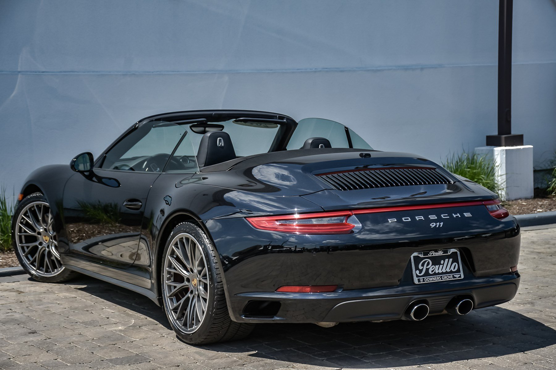 Pre-Owned 2017 Porsche 911 Carrera 4S Premium With Navigation