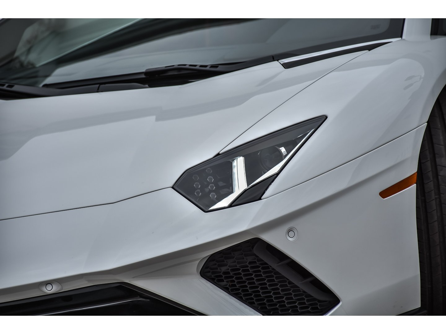 Pre Owned 2018 Lamborghini Aventador S Lp 700 4 2dr Car In Downers
